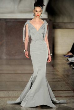 View the Zac Posen Fall 2012 RTW collection. See photos and video of the F2012RTW runway show. Zac Posen