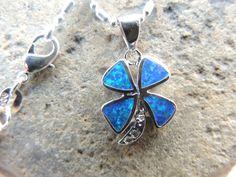 Blue opal clover