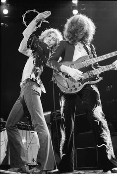 Led Zeppelin perform live on stage in Germany in March 1973 L-R Robert Plant, Jimmy Page, John Bonham . Get premium, high resolution news photos at Getty Images Robert Plant Led Zeppelin, Jimmy Page, Great Bands, Cool Bands, Hard Rock, Digital Foto, El Rock And Roll, John Bonham, Greatest Rock Bands