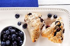Enjoy this whole-wheat, baked version of a traditional Aboriginal recipe. Canola oil helps produce a light and tender crumb. Sweets Recipes, No Bake Desserts, Veggie Recipes, Cooking Recipes, Bannock Recipe, Blueberry Scones, Canadian Food, Vegetarian Breakfast, Canola Oil