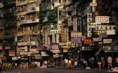 Kowloon Walled City, in Hong Kong, China. (demolished) - Kowloon Walled City, in Hong Kong, China. Kowloon Walled City, Hong Kong, Grand Parc, Voyager Loin, City Block, Slums, Urban Landscape, City Life, Land Scape