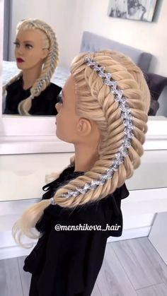 Ribbon Hairstyle, Ribbon Braids, Plaits Hairstyles, Bun Hairstyles For Long Hair, Braid Front Of Hair, Hair Upstyles, Front Hair Styles, Long Hair Video, Hair Videos