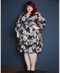 2b3da2b7811c6 Plus Size Fashion - Scarlett   Jo Floral Dress (plus size). Meri · Style  Inspiration