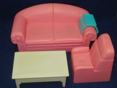 Vtg Barbie Superstar 80s 90s Dream Town Home House Furniture Lot Couch Chair   (my friend had these when we were kids)