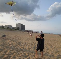 """""""Is the kite higher than God?"""" Miracles and lessons from flying kites with children #MommyBlog"""