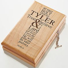 These personalized First Communion Gift Ideas are beautiful! They're great First Communion ideas for boys and girls! This beautiful engraved wood valet box can be personalized with any name! Personalised Wooden Box, Personalized Gifts, Engraved Jewelry Box, Communion Decorations, Communion Favors, Communion Cakes, Boys First Communion, Religious Gifts, Christian Gifts