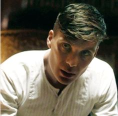 Cillian Murphy a.a Thomas Shelby Peaky Blinders 💜 Big Blue Eyes, Beautiful Blue Eyes, Beautiful Men, Boardwalk Empire, Cillian Murphy Tommy Shelby, Murphy Actor, Steven Knight, Cillian Murphy Peaky Blinders, Cartoon Tv Shows