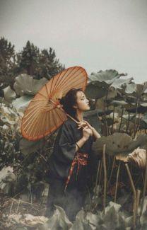Check out these Japanes theme cosplay characters. Sketch Inspiration, Character Inspiration, Character Design, Oriental, Traditional Fashion, Traditional Art, Geisha Art, Kimono Design, China Girl