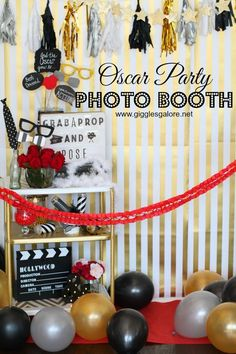Grab a prop, strike a pose and get ready to shine, just like the celebrities do, on the red carpet at this fun Oscar Party Photo Booth. Hollywood Birthday Parties, Hollywood Party, Hollywood Night, Movie Party, Party Time, Creative Party Ideas, Ideas Party, Red Carpet Party, Photos Booth