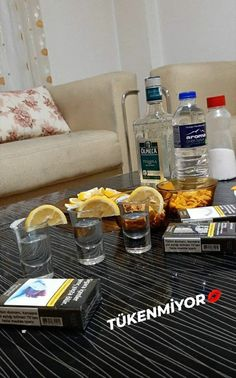 Alcohol Pictures, Son Luna, Tequila, Home Decor, Puppy Husky, Pictures, Fotografia, Gun, Bebe