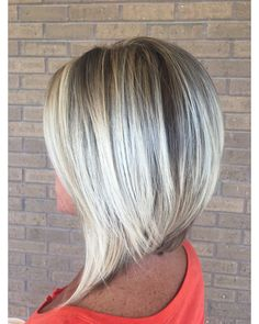Rotes Haar Balayage Frisuren Blondes Haar Gesundes Haar Brünett The post Rotes Haar Balayage Frisuren Blondes Haar Gesundes Haar Brünett appeared first on diy. Balayage Brunette, Balayage Hair, Medium Hair Styles, Short Hair Styles, Hair Color And Cut, Platinum Blonde Hair, Light Hair, Short Bob Hairstyles, Inverted Bob Haircuts