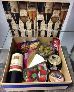 Birthday Surprise For Husband, Surprise Box, Birthday Box, Birthday Gifts, Home Gifts, Diy Gifts, Christmas Decorations To Make, Christmas Gifts, Gift Box For Men