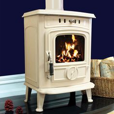Henley Aran 6kw Multifuel Wood Burning Stove