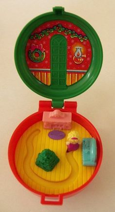 McDonald's Polly Pocket Totally Toy Holiday