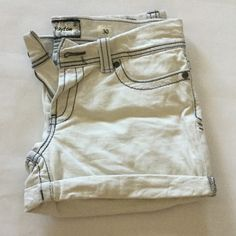 White BKE Jean shorts White Jean shorts with dark gray stitching, slightly worn, great condition! BKE Shorts Jean Shorts