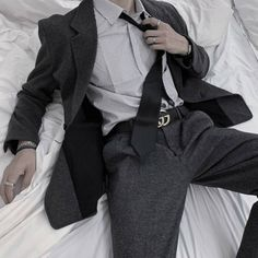Daddy Aesthetic, Aesthetic Clothes, Boy Outfits, Casual Outfits, Fashion Outfits, Mafia Outfit, Pose Reference Photo, Poses References, Drawing Clothes
