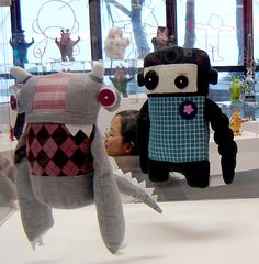 • DIGAÍ! • Toy Art de Papel | Toy Art de papel – designers gráficos brasileiros