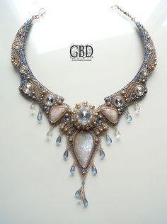 Guzel Bakeeva / My Dreams - Blue Shade beaded necklace, short collar