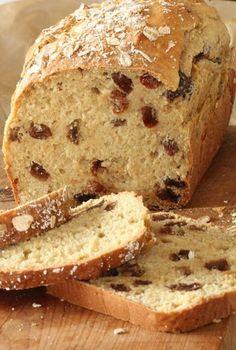 On Dine chez Nanou: Fruit soda bread aux raisins Keto Pudding, Avocado Pudding, Chia Pudding, Raisin Recipes, Bread Recipes, Cake Recipes, Easy Homemade Desserts, Homemade Cakes, Malva Pudding