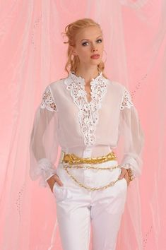 Женский фото-журнал в красивых фотографиях Sexy Blouse, Blouse Dress, Blouse Styles, Blouse Designs, Sewing Blouses, Satin Bluse, Blouse Vintage, White Fashion, Lace Tops