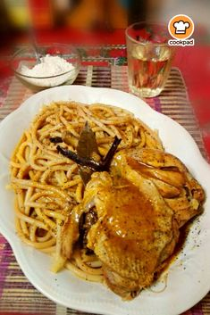 Greek Recipes, Spaghetti, Pork, Chicken, Meat, Ethnic Recipes, Kitchen, Food Ideas, Cross Stitch