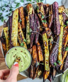 COLORFUL FRY DAY! Because I love to eat the rainbow 🌈 and fries 🍟 Tri-colored thyme-roasted crispy sweet potato fries (orange, purple and Japanese) with an herbed vegan CAULIFLOWER-TAHINI-YOGURT dip….recipe below. I hope you...