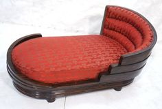 Macassar Ebony Art Deco Decorator Chaise Longue. Tiered banded detail. Red Damask Upholstery on spring cushion. (hva)