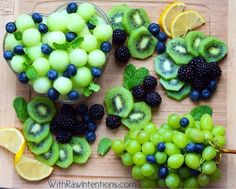 Everything Healthy, this would see good seahawks football game snacks or fruit course :) Delicious Fruit, Yummy Food, Tasty, Fun Food, Delicious Recipes, Healthy Snacks, Healthy Recipes, Healthy Eating, Fruit Snacks