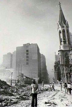 16 de novembro de 1965 - Praça Clovis Bevilacqua após a implosão do edifício Mendes Caldeira.