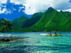 The 12 Top Scenic Islands in the World : Condé Nast Traveler Moorea, French Polynesia