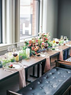 Styled Shoot from Jordan Brittley Photography and featured on Grey Likes Weddings.#headtable #springblooms