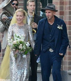 Piper Perabo married Stephen Kay on Saturday!