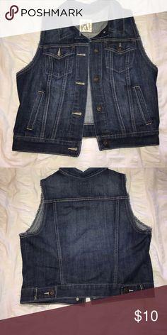 Denim vest Old navy dark wash denim vest, never worn Old Navy Jackets & Coats Jean Jackets