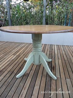 Meg and Mum's: A Roadside Revival -Table Diy Dining Room Table, Nook Table, A Table, Dining Tables, Furniture Projects, Home Projects, Weekend Projects, Refinished Table, Home Goods Decor