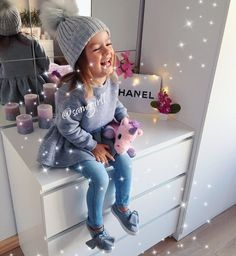 Best Picture For hipster toddler girl outfits For Your Taste You are looking for something, and it i Cute Little Girls Outfits, Little Kid Fashion, Baby Girl Fashion, Toddler Fashion, Toddler Girl Style, Toddler Girl Outfits, Toddler Girls, Outfits Niños, Baby Outfits
