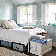 Sanderson Seagulls tapet online hos Engelska Tapetmagasinet | Tapeter | Fåglar | Sovrum | Göteborg | Boat | Wallpaper | Romantic | bedroom | Vintage
