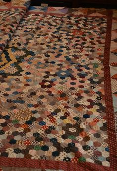 Gawthorpe Textiles Collection-Hexagon coverlet 1780-1820