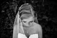 Nikki Winter Photography, located in Milwaukee Wisconsin offers wedding photography that tells your love story! We serve the Madison, WI; Milwaukee, WI and Chicago areas.