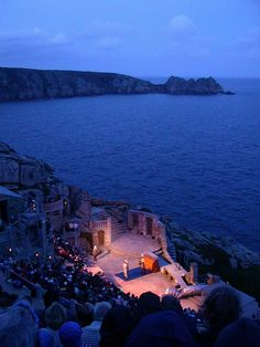 Minack Theatre Cornwall saw The Complete Works of Shakespeare (abridged) August 2012 Things To Do In Cornwall, Places In Cornwall, Cornwall Beaches, Cornwall England, Yorkshire England, Yorkshire Dales, West Cornwall, Beautiful Places To Visit, Great Places