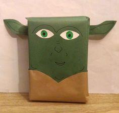 Paquet cadeau Maître Yoda de la saga Star Wars !