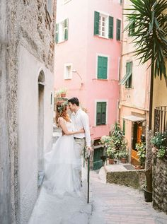 Wild Beach Elopement Inspiration in Cinque Terre ⋆ Ruffled Perfect Wedding, Dream Wedding, Wedding Day, Wedding Stuff, Beach Elopement, Elopement Inspiration, Cinque Terre, Wedding Events, Weddings