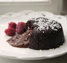 Raw Vegan Chocolate Molten Lava Cake - Vegetarian & Vegan Recipes