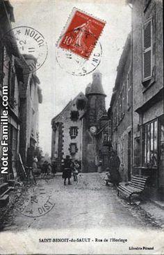 Rue de lHorloge de Saint Benoit du Sault Saint Benoit, Old Photographs, France, Paris Travel, Rue, Berry, Saints, Painting, Vintage