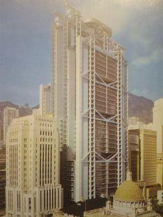 Norman Foster z zespołem konstruktor Ove Arup, siedziba korporacji bankowej Hongkong-Szanghaj, Hongkong, 1979-1986