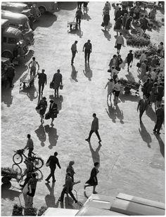 Robert Doisneau - Printemps, Les Halles, 1964