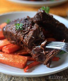 Balsamic Short Ribs   http://www.joyfulhealthyeats.com/balsamic-braised-beef-short-ribs-paleo/