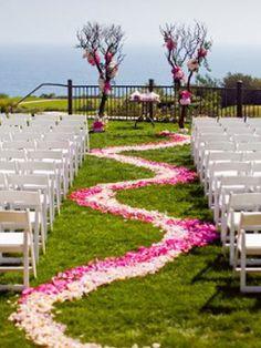 Love the aisle floral design.
