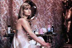 "Michelle Pfeiffer 1983 in ""Scarface"""