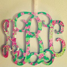 Monogram in Lilly