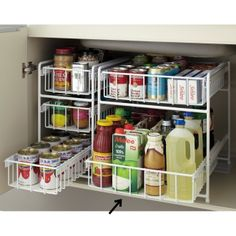 More than 40 fantastic options to organize your kitchen - Decoration and Fashion Kitchen Cupboard Organization, Pantry Storage, Kitchen Cupboards, Kitchen Pantry, Kitchen Hacks, Kitchen Storage, Home Organization, Storage Spaces, Organizing